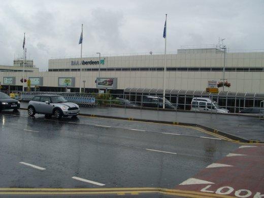 soaking aberdeen airport