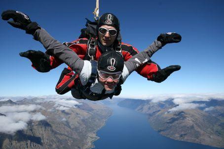 Freefalling to 3,000 ft till the breaks kick in!!