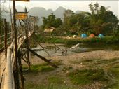 happy campers in Vang Vieng: by sarahandphil, Views[211]