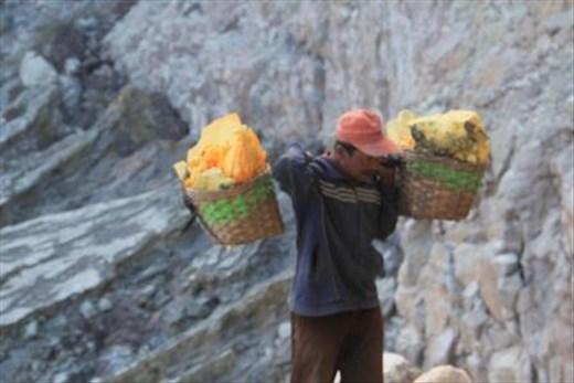 Sulphur miner bring 80 KG rocks