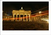 Night scene photo of Brandenburg Gate in Berlin: by schwepps, Views[513]