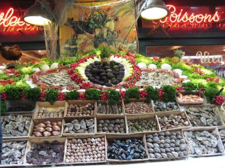 Seafood display outside a restaurant