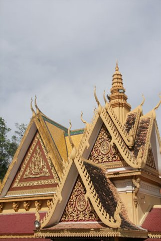 The roof lines are spectacular, Royal Palace, Phnom Penh