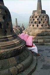 Muslim girls and Buddhist stupas, Borobudur, Java: by seesea, Views[441]