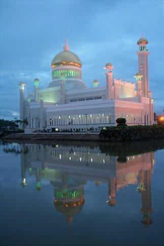 Sunset, Omar Ali Saifuddien Mosque, BSB
