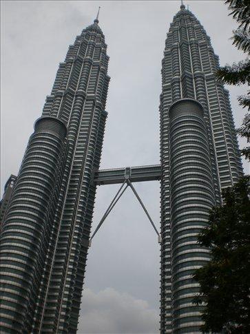 Welcome to Kuala Lumpur! Obligatory shot of the Petronas Towers