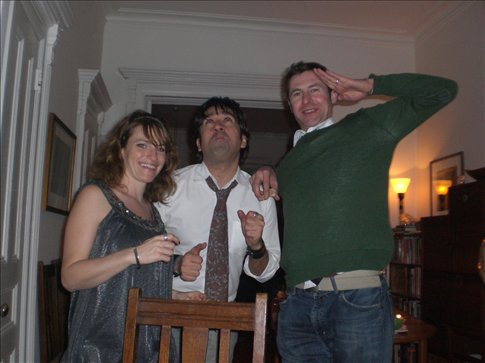 Bobby salutes 2009 with the help from Dan and Annie