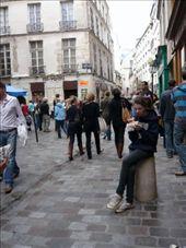 eating falafel in the Paris version of carlisle st.: by sestak_family, Views[186]