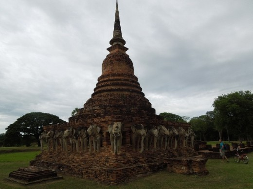 The Elephant Temple: Wat Chang Lom