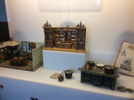 Miniature play set for children from the castle museum.