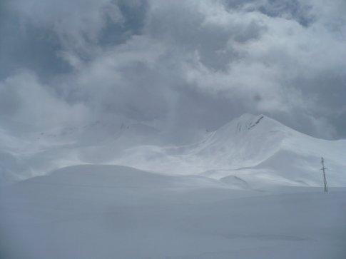 Ahhhh so much snow!!