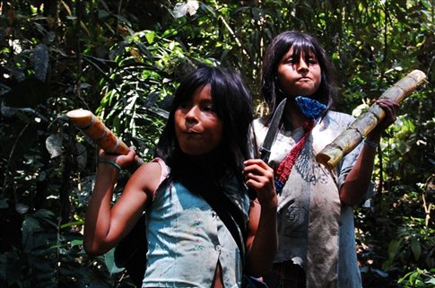 Girls at at Juyuintza tribe- Ecuadorian Amazon