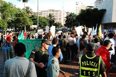 Protest march for animal liberation in Cali