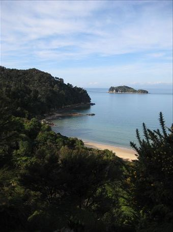Fisherman Island along Able Tasman National Park...