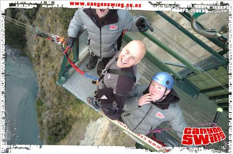 The mad as fook Shotover Canyon Swing, Queenstown!!