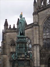Statue along the Royal Mile.  We liked his hat.: by smartin1978, Views[369]
