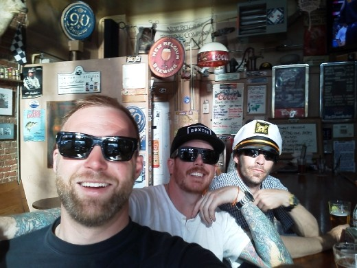 Tim, Chuck & me (el Captain) at the Town Pump of Fort Collins.