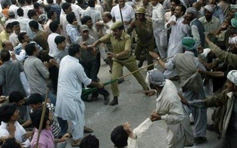 Fresh protests erupt in Indian Kashmir