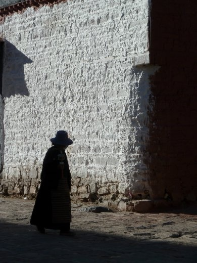 Tibet4 – Between 2 worlds.