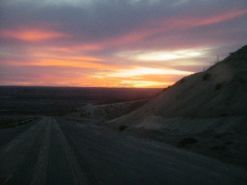 Sonnenuntergang über der argentinischen Pampa