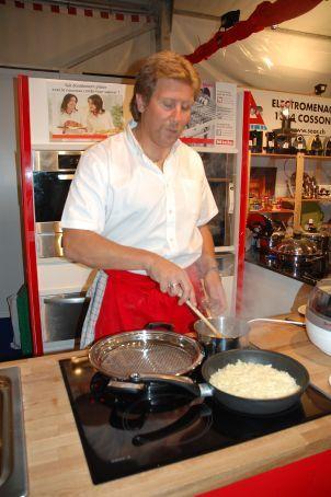 Francois preparing roesti