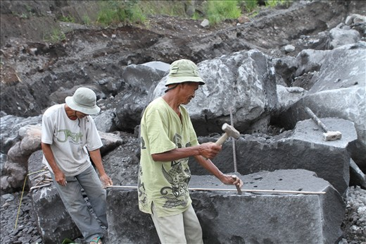 The Old Rock Miners in Merapi