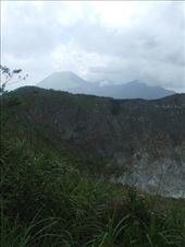 The crater rim of Gunung Mahawu.: by steve_and_emma, Views[256]