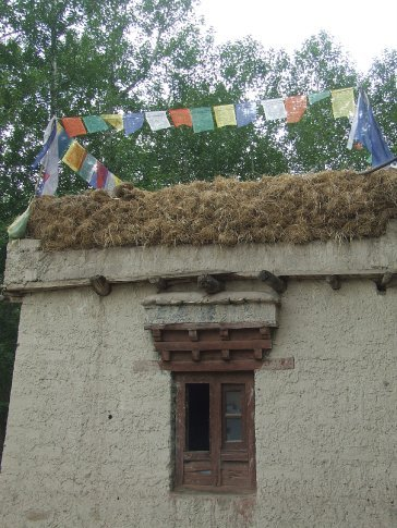 Emma liked the hairy huts that the locals lived in.