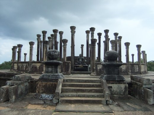 The ancient site of Medirigiriya is not visted by many tourits but is well worth the detour.