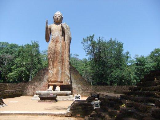 Maligawila 11m high Buddha statue.