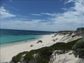 The island was packed but we still managed to find a private beach - not bad hey!: by steve_and_emma, Views[187]