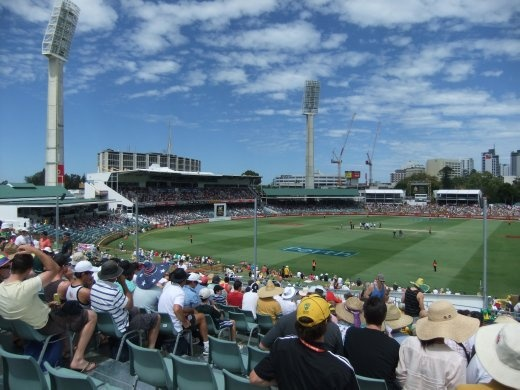 Are we a jinx for the England team - only 45 mins play before we had lost at the WACA. Hope we see a better show from England in Melbourne.