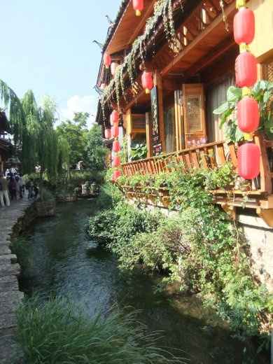 There are lots of restaurants to choose from in Lijiang.