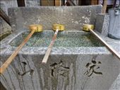 Didn't quite get to grips with the water rituals before entering a temple.: by steve_and_emma, Views[184]