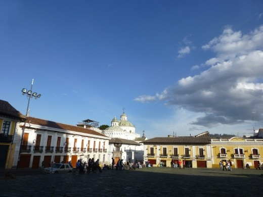 Plaza San Fransico, the nicest in Quito.