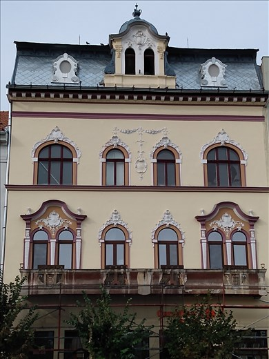 Old building on Piata Avram Iancu.