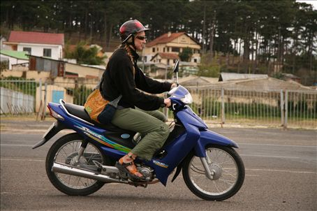 check out this bad-ass biker babe, watch out vietnam!