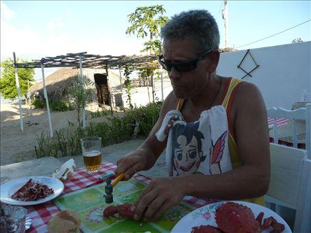 pierre and heidi enjoying a crab