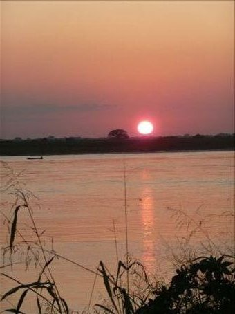 and a sunset again...but a picture perfect one - over the mighty zambezi
