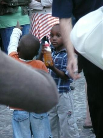 kids playing at the capetown international jazz festival