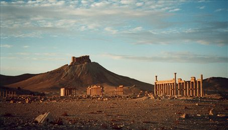 Palmyra, Syria: Crusader castle overlooking Roman ruins on the silk road