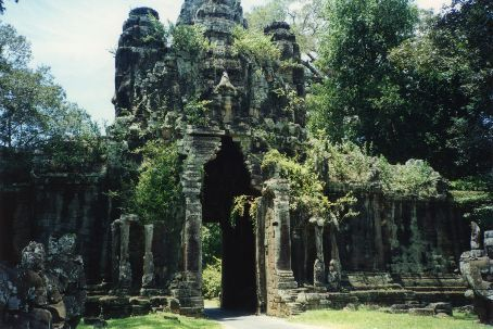 Entrance gate to Angkor Tom