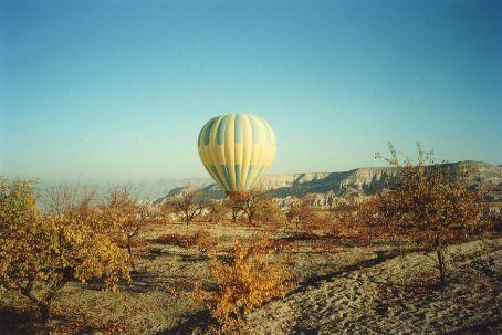 Balloon over Cappodicia