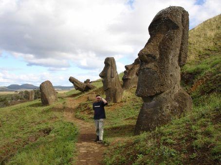 Stowaway & Moai friends on Easter Island