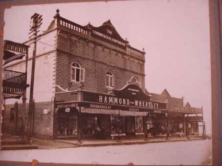 Photo of the store where Tams Grandfather worked in the early 1900's