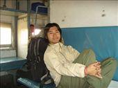 Mein Kumpel Hiro aus Japan!!! Ganz komischer Vogel, irgendwie mag er nix an Indien, kommt hier aber schon seit 5 MOnaten nich weg!: by suse, Views[185]