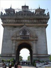 Vietnan-Patuxai: by sven, Views[131]