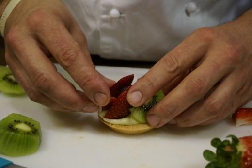 Making fruit tarts