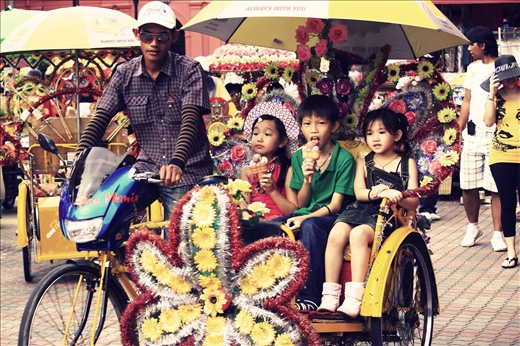 Malacca is know for it's beautifully decorated trishaw to attract customers.