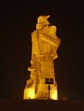A BIG statue in China: by tara_and_mike, Views[185]